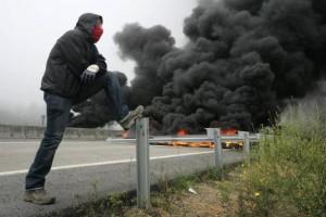 Шахтёры Астурии перекрывают дорогу