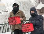 23 февраля россиянки отметили, выложив мёртвыми телами дорогу к храму